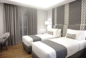 Solia Zigna Kampung Batik Laweyan Solo - Deluxe Twin Balcony Breakfast Regular Plan