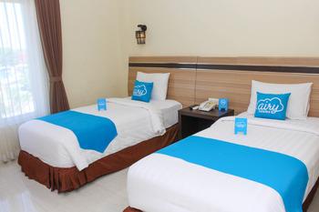 Airy Mataram Cakranegara Sriwijaya 132 Lombok - Superior Twin Room Only Special Promo Aug 33