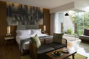 Maya Sanur Resort & Spa Bali - Deluxe Garden View Room, 1 King Bed Regular Plan