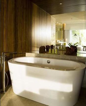 Maya Sanur Resort & Spa Bali - Kamar Deluks, pemandangan laguna Hemat 30%