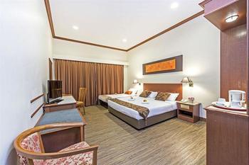 Hotel 81 Tristar - Triple Room Regular Plan