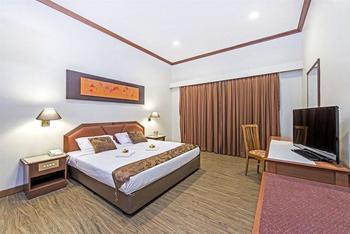 Hotel 81 Tristar - Deluxe Room, 1 King Bed Regular Plan