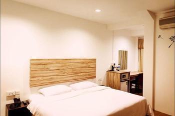 Victoria Hotel Singapore - Deluxe Double Room Pesan lebih awal dan hemat 20%