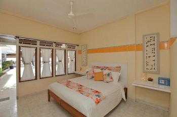 Villa Agung Beach Inn