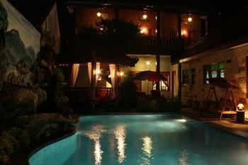Marry Ind Vila & Guest House Gunung Kawi Malang