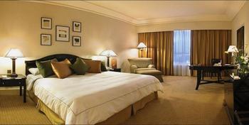 Crowne Plaza Hotel Jakarta - Deluxe Room, 1 King Bed, Smoking Regular Plan