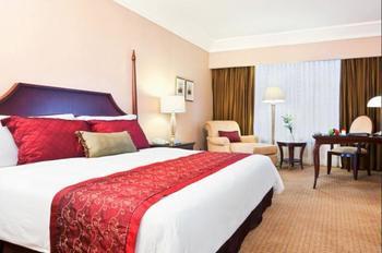 Crowne Plaza Hotel Jakarta - Club Suite, 1 King Bed, Smoking Regular Plan
