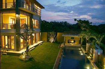 Blue Rose Villa