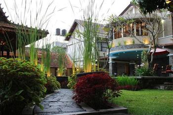 Hotel Sriti