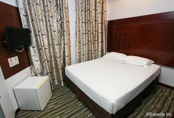 Santa Grand Hotel West Coast - Superior Double Room, No Windows Diskon 25%