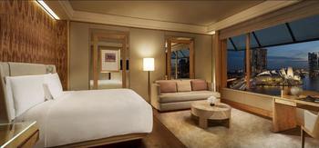The Ritz-Carlton Millenia Singapore - Deluxe Room, Bay View (Marina) Regular Plan