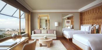 The Ritz-Carlton Millenia Singapore - Deluxe Room, View (Club Kallang) Regular Plan