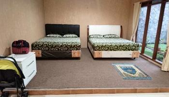 Villa Bumi Lembang Bandung - Villa 5 Bedrooms Pesan untuk hari ini