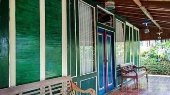 Dulang Resort and Resto Bandung - Jambe Cottage Room Only Regular Plan