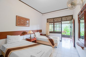 GG. House - Happy Valley Bogor - Superior Room Non Refundable 30% Discount