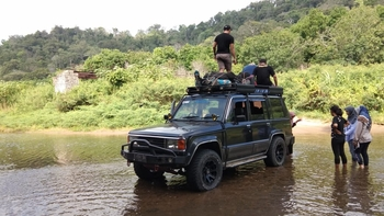 Robiu Homestay Banyuwangi - Deluxe room special package sukamade & teluk ijo trip Regular Plan