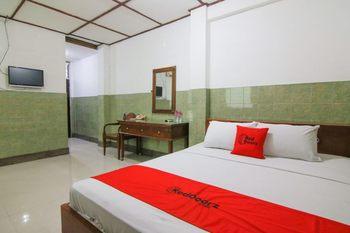 RedDoorz Syariah near Akademi Kepolisian Semarang 2 Semarang - RedDoorz Room Basic Deal 40%