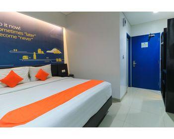 Hotel Berlian International Surabaya - Deluxe Room NR Min Stay 2N