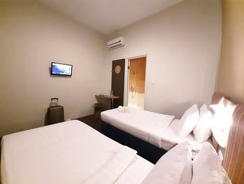 Hotel Pantes Kawi Semarang Semarang - Express Twin Bed Termasuk Sarapan dan Perlenglapan Mandi Regular Plan