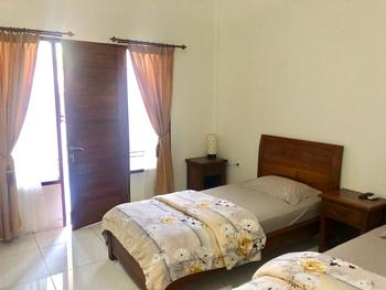 Pudak Sari Homestay Bali - Standard Room Only FC Stay More, Pay Less