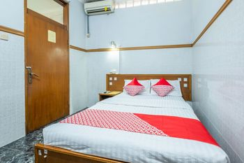 OYO 1446 Patradisa Hotel Bandung - Standard Double Room Regular Plan