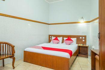 OYO 1446 Patradisa Hotel Bandung - Suite Double Regular Plan