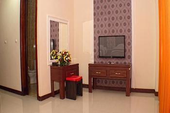 Grand City Hotel Malang - Deluxe Double Room Regular Plan