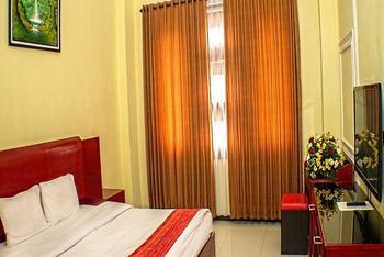 Grand City Hotel Malang - Junior Suites Room Regular Plan