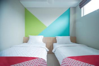 OYO 101 Apple Platinum Jakarta - Standard Twin Room Regular Plan