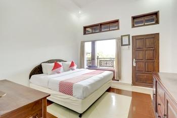 OYO 3261 Hotel Ratu Bali - Deluxe Double Room Regular Plan