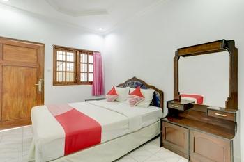 OYO 3261 Hotel Ratu Bali - Standard Double Room Regular Plan