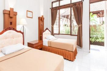 Jesen's Inn 2 Bali - Superior Room with Pool View Minimum Stay 32% Off