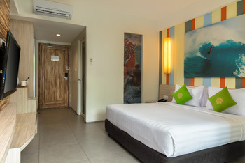 Bliss Surfer Thematic Hotel Bali - Deluxe Double / Twin with Breakfast Last Minute 20%