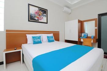 Airy Syariah Buah Batu Sanggar Kencana Satu 14 Bandung Bandung - Deluxe Double Room Only Special Promo Jan 5