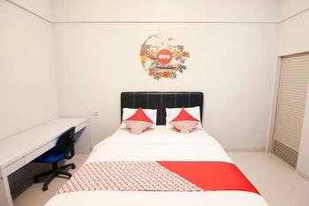 OYO 412 ABC Residence Medan - Standard Double Room Regular Plan