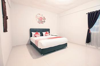 OYO 412 ABC Residence Medan - suite double  Regular Plan