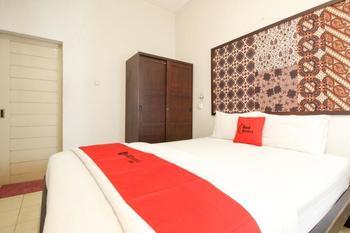 Reddoorz Syariah near Wijilan Yogyakarta Yogyakarta - RedDoorz Limited Sale Regular Plan