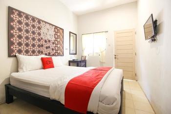 Reddoorz Syariah near Wijilan Yogyakarta Yogyakarta - RedDoorz Room Regular Plan