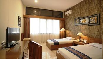 Griya Persada Hotel  Yogyakarta - Deluxe Room Only PROMO PSBB