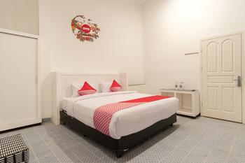 OYO 471 Taj Residence Syariah Medan - Standard Double Regular Plan