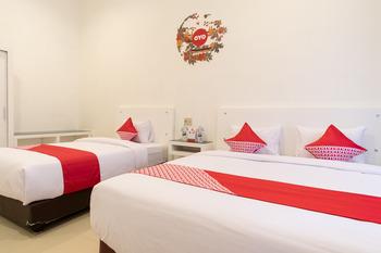 OYO 471 Taj Residence Syariah Medan - Suite Triple Regular Plan