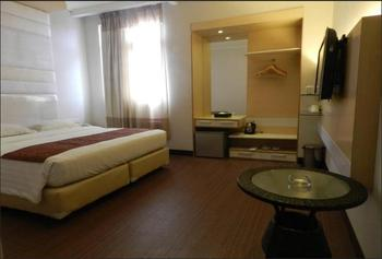 Grand Puncak Lestari Hotel Pangkalpinang Pangkalpinang - Junior Suite Regular Plan