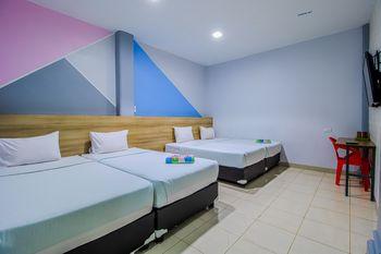 My Home Aceh Banda Aceh - Quadruple Room Regular Plan