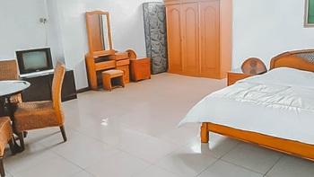 Hotel Vankana Syariah Kuningan Kuningan - Deluxe Room KETUPAT