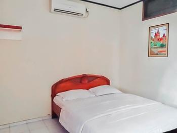 Hotel Vankana Syariah Kuningan Kuningan - Superior Double Room KETUPAT