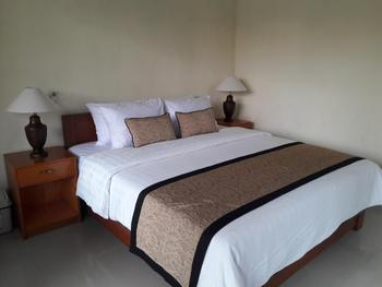 Pemuntalan Guesthouse by WizZeLa Bali - Deluxe Double 24 Hours Deal