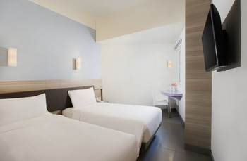 Amaris Hotel Satrio Kuningan - Smart Room Twin Staycation Offer Regular Plan