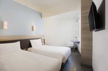 Amaris Hotel Satrio Kuningan - Smart Room Twin Regular Plan