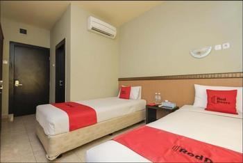 RedDoorz Plus near Palembang Trade Center 2 Palembang - RedDoorz Twin Room Regular Plan
