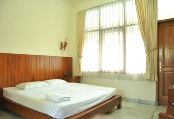 Puri Anggraini Syariah Yogyakarta - Deluxe Double Room Only Regular Plan